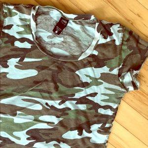 💛3 for $20💛Camo Tshirt